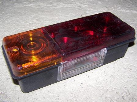 Hátsó lámpa bal, rendszám világítással, IFA W50-L60