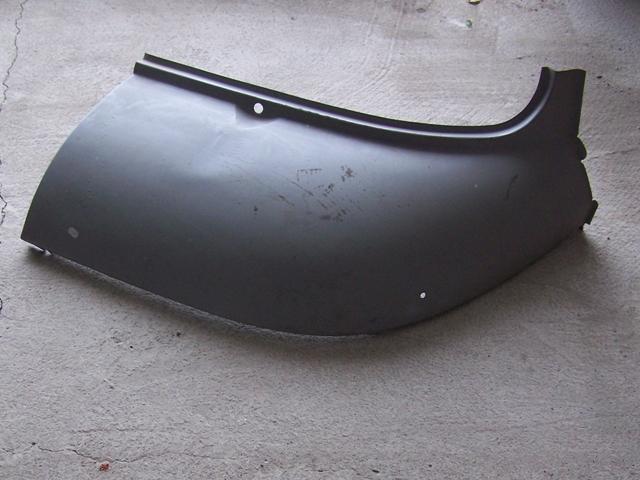 Fülke szélvédő alá sarokelem, bal - IFA W50-L60
