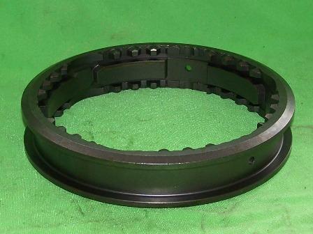 Osztóműbe kapcsológyűrű, IFA L60