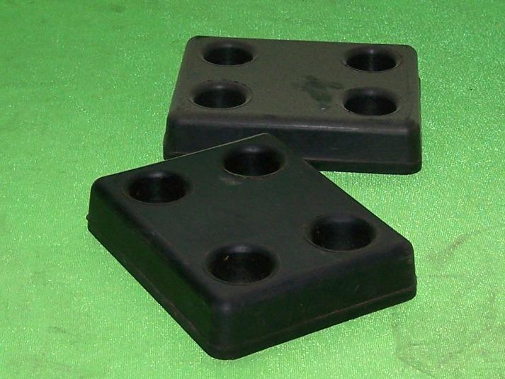 Tehermentesítő szögletes, 4 lyukú, plató alá, IFA W50-L60