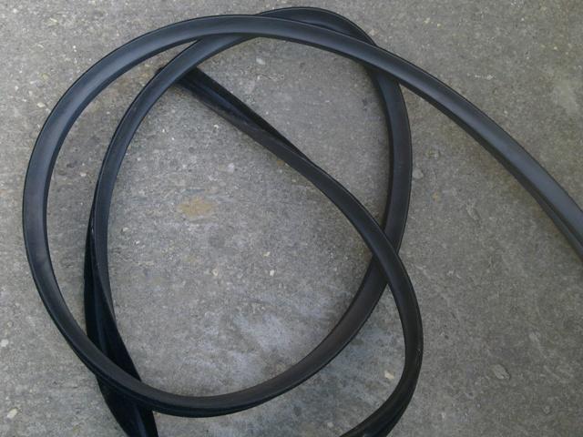Vezetősín oldalablakhoz, gumi, IFA W50-L60