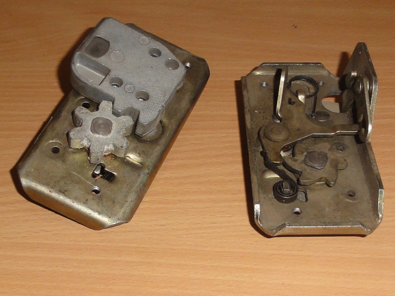 Ajtózár jobb, német, IFA W50-L60