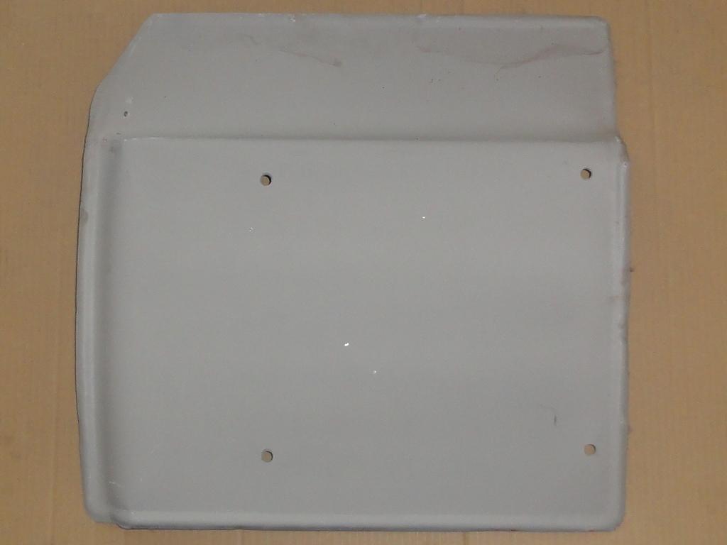 Első sárvédőlemez bal, fülke alatti, IFA L60