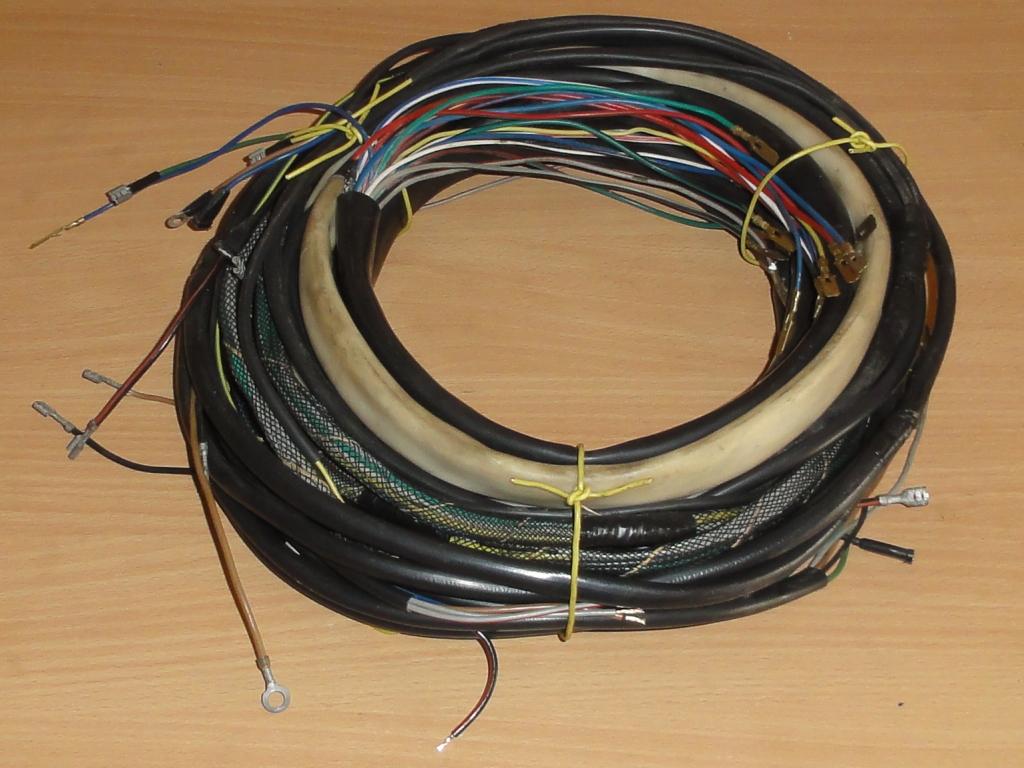 Kábelköteg alvázhoz hátra, 4x4 fix, aláfutásgátlós kivitel, IFA L60