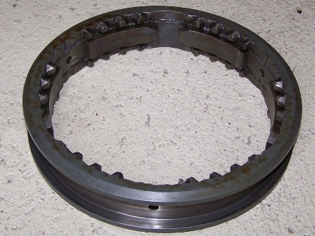Osztóműbe kapcsológyűrű, bontott, IFA L60