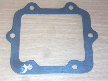 Vezérműtengely oldal zárófedélhez tömítés, 6-lyukas, IFA L60