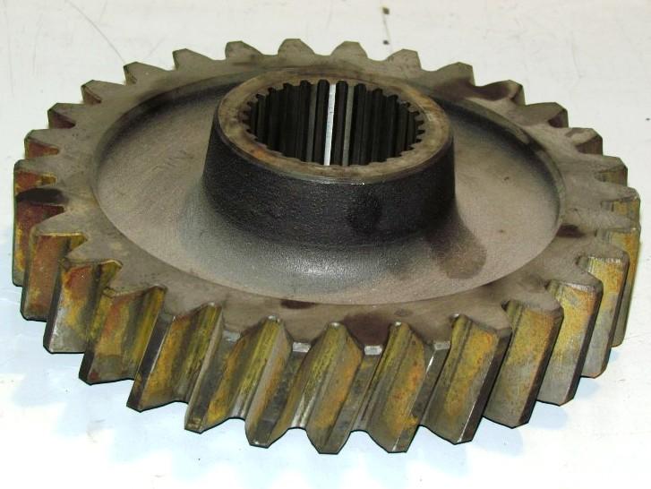 Osztóműbe hajtófogaskerék Z=30, bontott, IFA L60