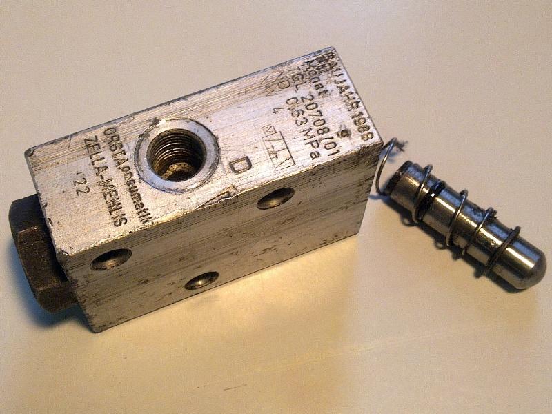 Sebváltóhoz, felújított vezérlőszelep, IFA L60